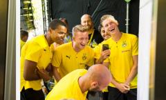 Hậu Siêu Cúp, Dortmund biến CĐV nhà thành những người hạnh phúc nhất