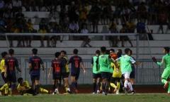 """Bóng đá Chùa Vàng """"rớt giá"""" vì triển Muay Thái trên sân cỏ"""