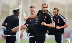 SỐC! Juventus đón hung tin trước thềm đại chiến
