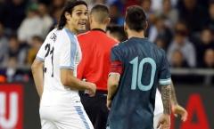 SỐC! Messi hẹn Cavani 'tẩn' nhau trong đường hầm