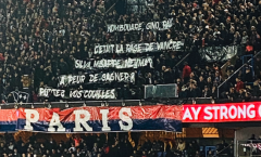 SỐC! NHM PSG giở chứng, làm điều khiêu khích Neymar và Mbappe trên khán đài