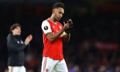 CĐV Arsenal: 'Chúng ta nên để anh ấy đi'