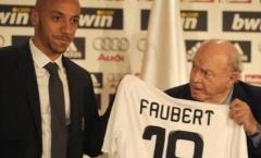 Đội hình 11 chữ ký tệ nhất Real thế kỷ 21: Siêu quậy Ý, 'Alonso lởm'