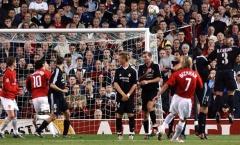 Man United và những trận cầu trong mưa bàn thắng