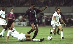 'CLB không mua được Ronaldo nên tôi mới có thể ra sân và mang về cúp C1'