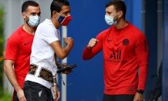 Lộ diện với khẩu trang cực ngầu, dàn sao PSG trở lại sân tập