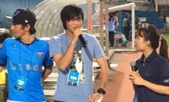 Tuấn Anh được Yokohama FC 'an ủi' sau màn ra mắt hụt