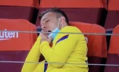 Chống đối Barca, đây là cái giá Arthur phải trả