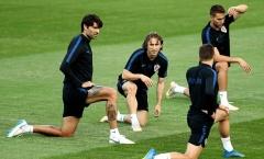 Modric cùng đồng đội quyết tâm quật ngã Tam sư để làm nên lịch sử