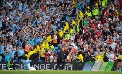 Suarez, Kaka, Adebayor, Berbatov và 10 cầu thủ 'lật mặt' cực nhanh trong làng bóng đá