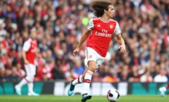 Fan Arsenal: 'Cầu thủ Pháp hay nhất giải', '2010 Iniesta + 2006 Pirlo'