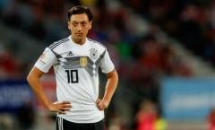 Mesut Ozil chọn tuyển Đức vì... 'nụ cười tủm tìm trong giấc mơ'