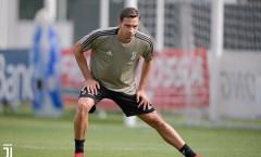 Cuộc đua giành hậu vệ Juventus, Barca và PSG đang dẫn đầu