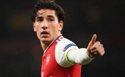 Sắp mất đội trưởng lý tưởng, CĐV Arsenal chỉ biết 'khóc thét'