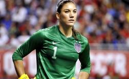 Hope Solo - Nữ thủ môn xinh đẹp bị tuyển Mỹ bỏ rơi