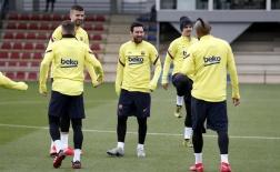Dàn sao Barca tự tin kéo sập pháo đài Santiago Bernabeu
