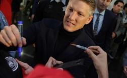 Chùm ảnh: Sân bay Chicago 'chật như nêm' chào đón Schweinsteiger