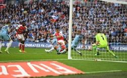 Arsenal vỡ òa sau 120 phút nghẹt thở trước Man City