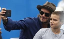 Beckham lại 'giết thời gian' cùng banh nỉ