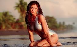 Kathy Ireland - Đường cong gây mê mẩn thập niên 90