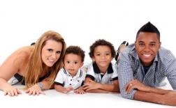 Gia đình ngập tràn hạnh phúc Robinho trước ngày đổ vỡ