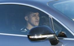 Sanchez âm thầm đến sân London Colney, đếm ngày rời Arsenal