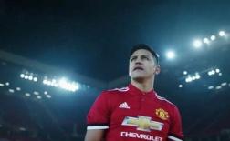 Alexis Sanchez ra mắt cực ngầu tại Man Utd