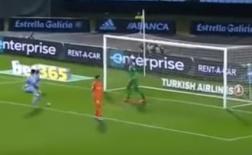 Phong độ đang lên, nhưng 'hàng thải' của Liverpool vẫn hóa Torres