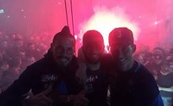 Hạ Juventus, CĐV Napoli đốt pháo sáng ngợp trời
