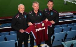 Sếp mới John Terry rạng rỡ ra mắt Aston Villa