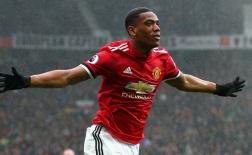 Dứt điểm tốt nhất ở Premier League hóa ra lại là người của Man Utd