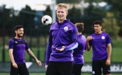 Quên 'nỗi buồn VAR', Man City quyết tâm đòi lại ngôi đầu Ngoại hạng Anh