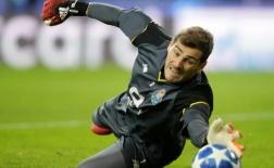 Iker Casillas chọn đội hình tiêu biểu: 2 ngôi sao Man Utd góp mặt