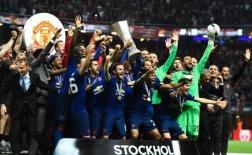 Từ Blind đến Rashford: Đội hình Man Utd vô địch Europa League 2016/17 giờ ra sao?