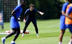 Kepa và Lampard cùng hò hét, Chelsea sẵn sàng cho trận gặp Aston Villa