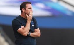 Chelsea muốn 'tiễn' 10 cái tên: Ai cần giữ lại, ai buộc phải đi?
