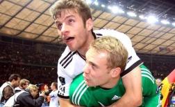 Manuel Neuer và những cầu thủ góp mặt trong 2 trận thắng kinh điển của bóng đá Đức