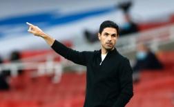 'Quái thú' đến, kẻ thừa 30 triệu tốt nhất nên rời Arsenal