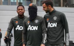 Một cái tên trở lại, nhân vật bí ẩn xuất hiện trên sân tập Man Utd