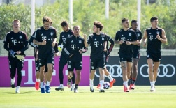Dàn sao Bayern tập luyện hăng hái, hướng đến trận đấu gặp Barca