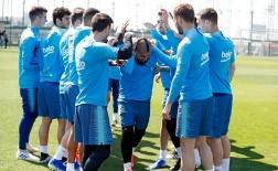 Nhờ Vidal, cuối cùng lại có thể thấy bộ mặt này của Barca