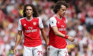 CĐV rần rần với cặp 'song sinh' của Arsenal