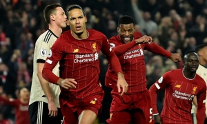 """""""Man Utd cần Sancho và 1 người như Van Dijk"""""""
