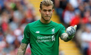 Thủ thành Karius lại 'ngáo', Liverpool thua thảm trước Dortmund