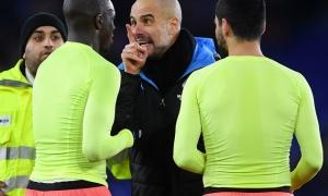 SỐC! Vừa hết trận, Pep Guardiola gay gắt chỉ thẳng mặt 1 sao Man City