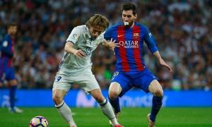 Chùm ảnh: Messi ngậm bông băng vẫn giúp Barca đánh bại Real