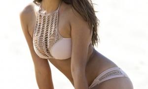 Bộ ngực đẹp mê hồn của Jessica Gomes