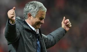 Jose Mourinho: Hãy cứ tàn nhẫn với Man United!