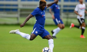 Chelsea sai lầm khi bán Matic, mua Bakayoko