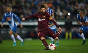 Điểm tin sáng 18/01: Barca đứt mạch bất bại, Walcott ra mắt Everton